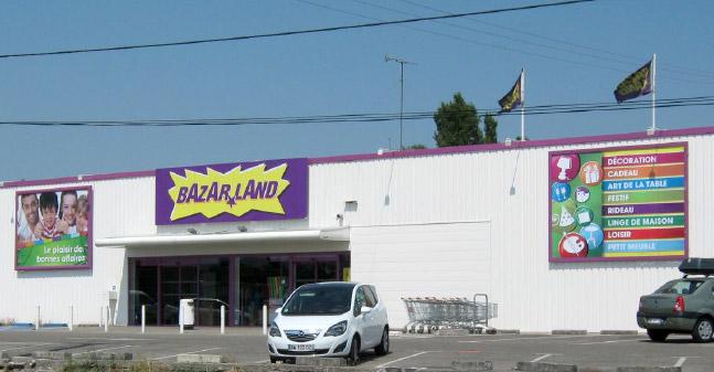 BAZAR LAND